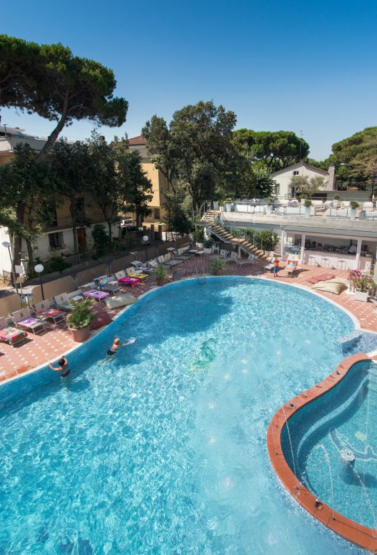 Hotel con piscina a bellaria igea marina hotel gambrinus tower resort - Hotel con piscina bellaria ...